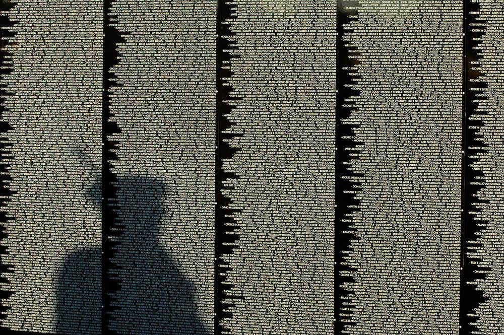 092204 vet wall