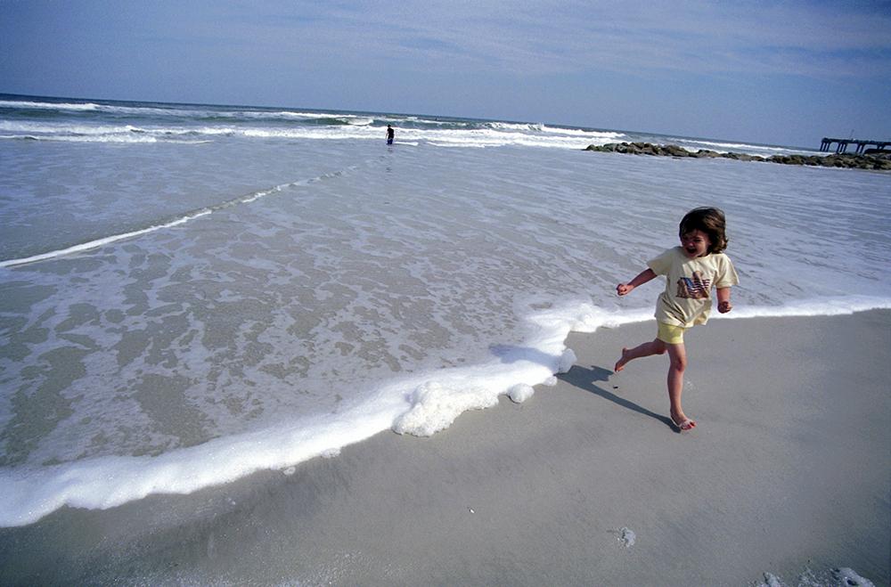 031905 beach elise